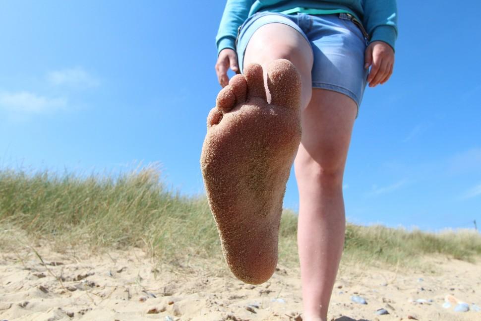 Léto bosá noha
