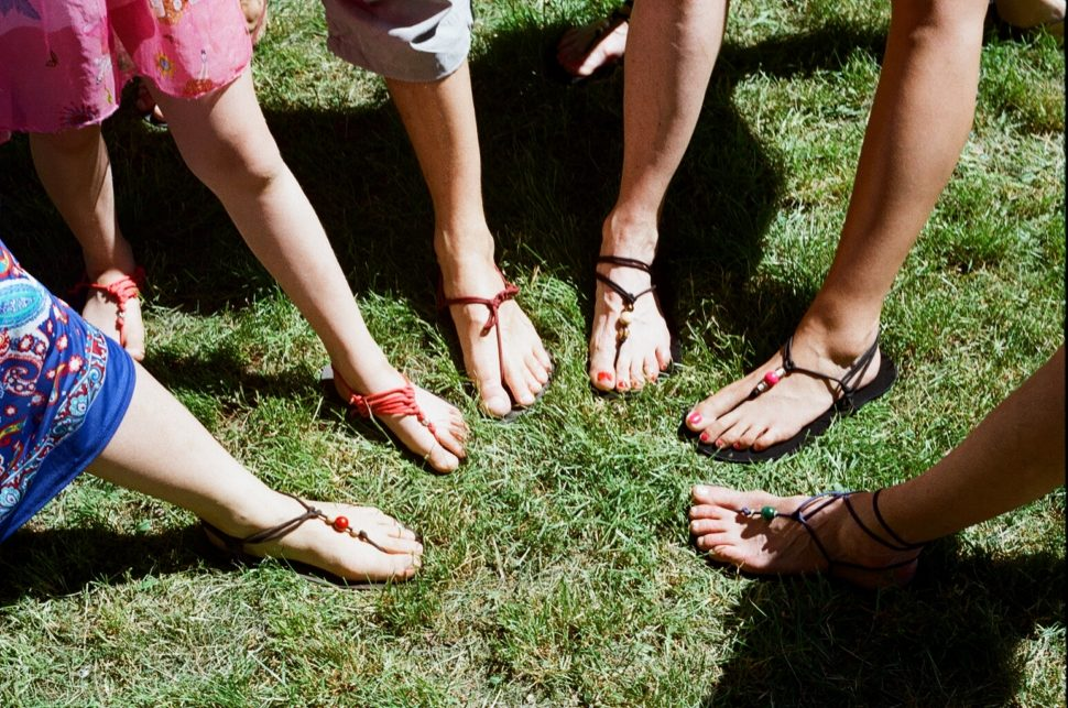 Mezi Ploty výsledky práce Happy Sandals workshopu
