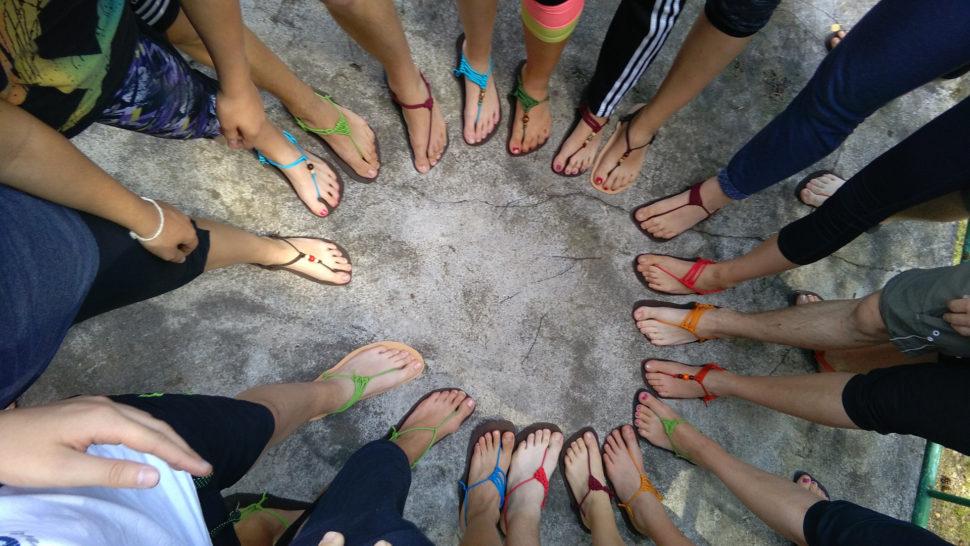 Happyfoot workshop nadětském táboře kruh nohou