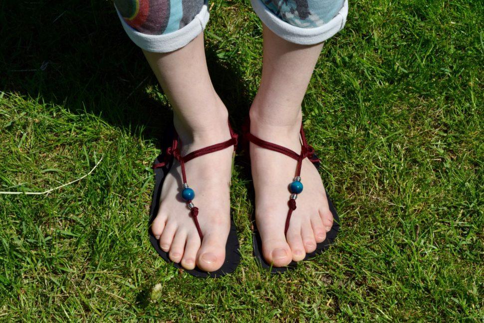 Happy Sandals minimalistický úvaz