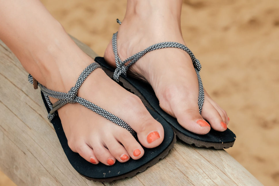 Happy Sandals lifestyle v Trek and Hike